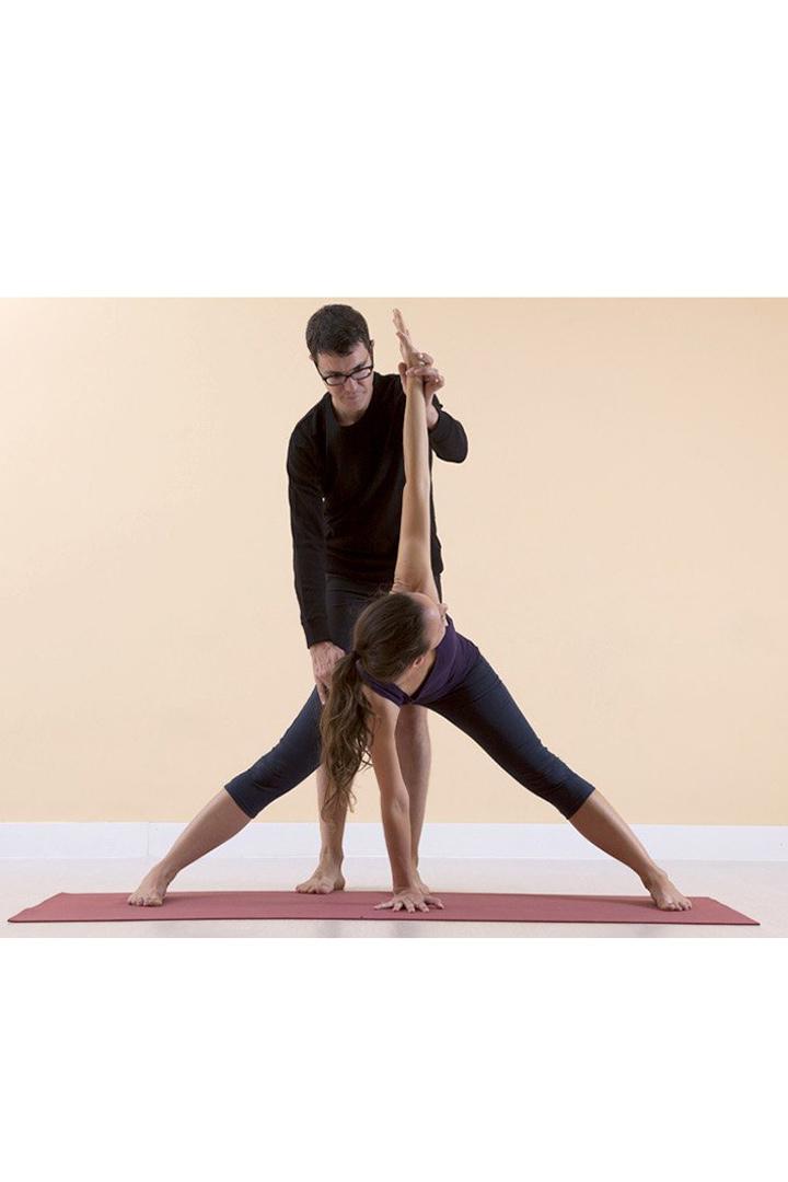 escuela yoga madrid