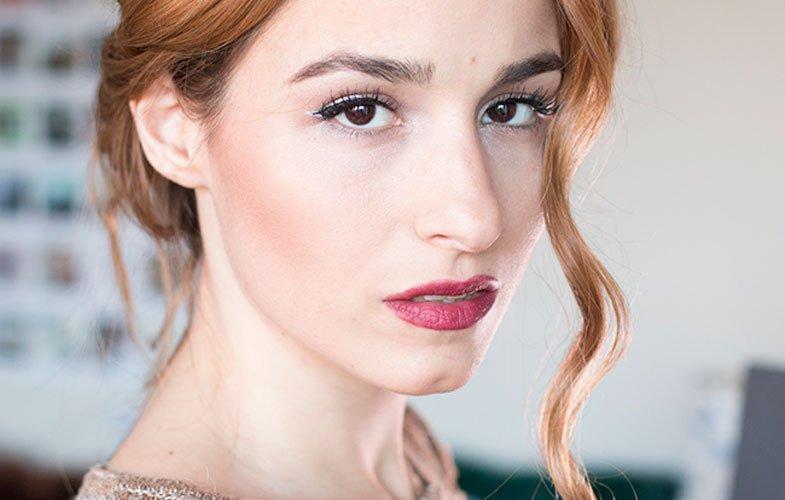 eyeliner_plateado-labio_gotico-dare_to_diy
