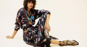 21 faldas midi de Zara que querrás este otoño