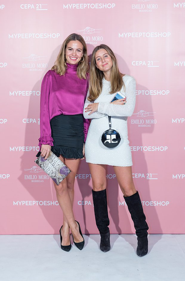 Martina Jáudenes y Sofía Paramio en la fiesta de aniversario de Mypeeptoesshop