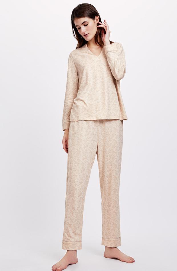 Pijama flor dorada de Oysho: pijamas
