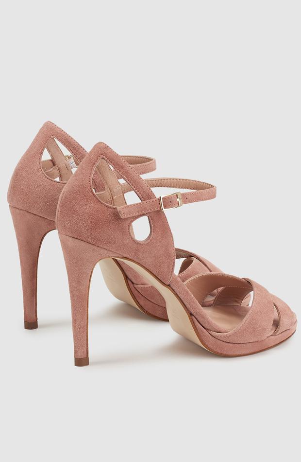 Sandalias de tacón de piel en color rosa de Gloria Ortiz: zapatos primavera