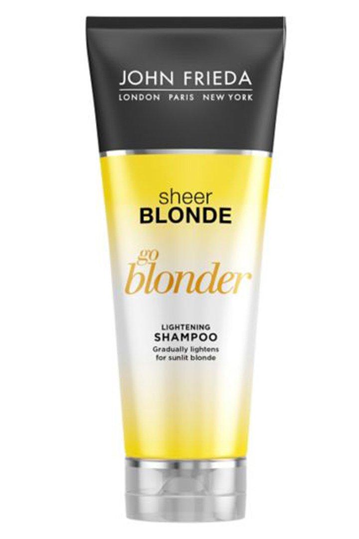 Cabello claro con Go Blonde de John Frieda