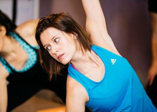 Hot yoga, la disciplina que practica Manuela Vellés desde hace 7 años