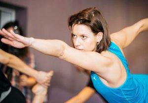 Hot yoga, la disciplina que practica Manuela Vellés.