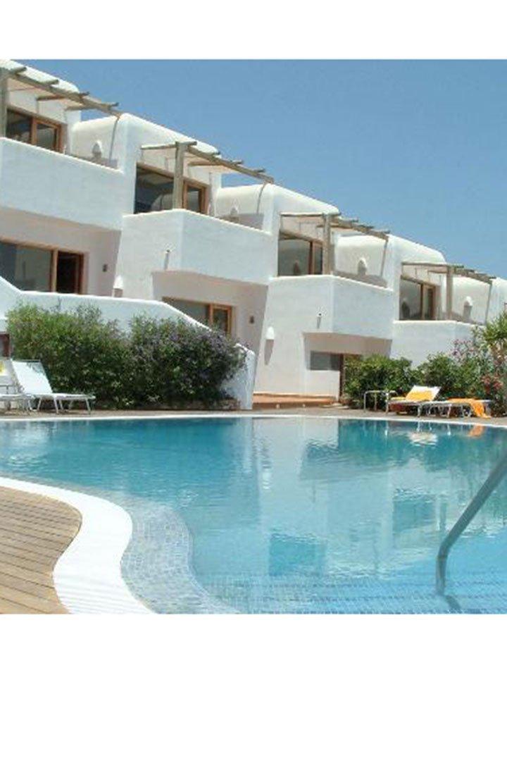Hoteles con encanto cerca del mar - Hoteles modernos espana ...