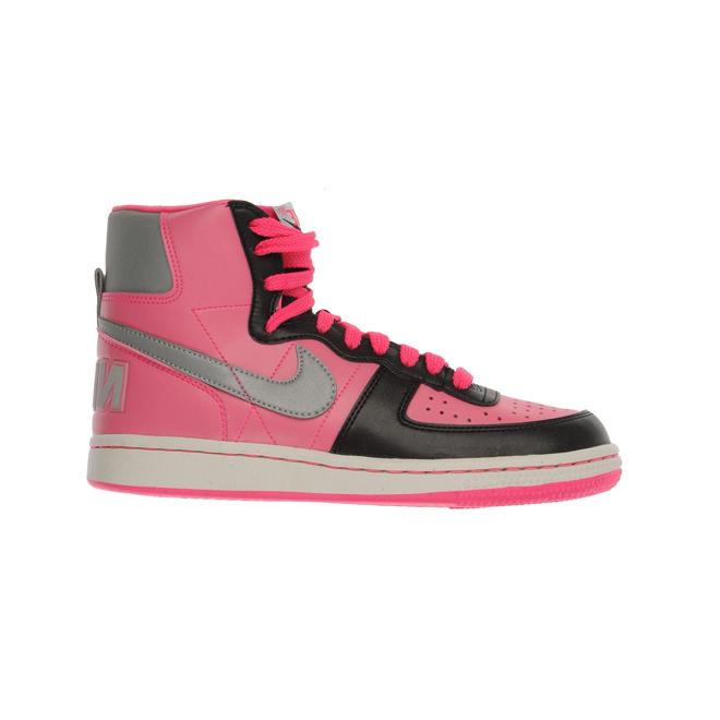 Apuesta por las sneakers