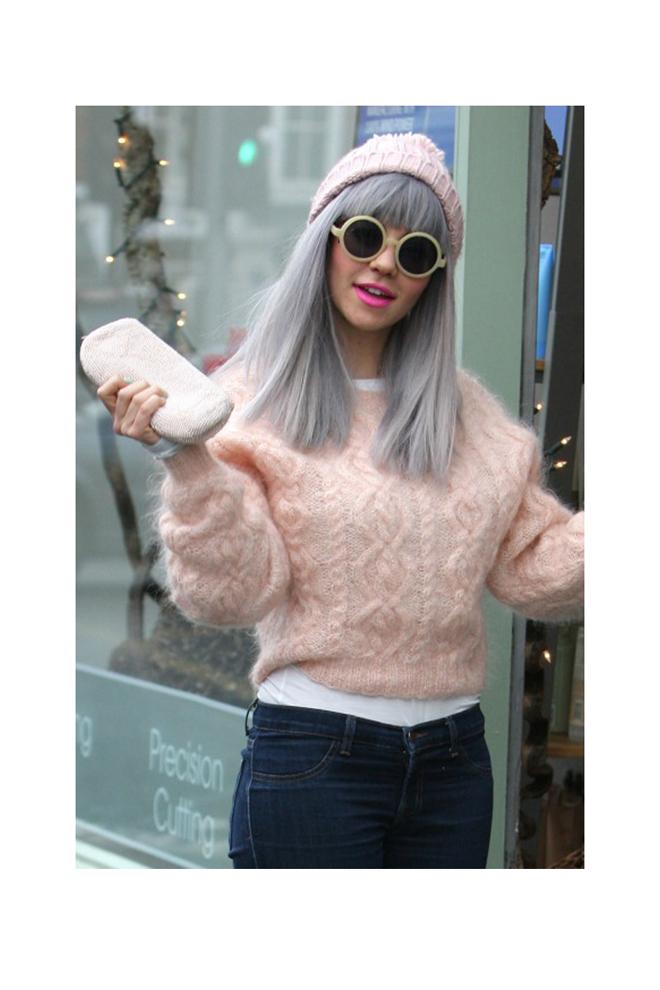 Pelo gris de moda