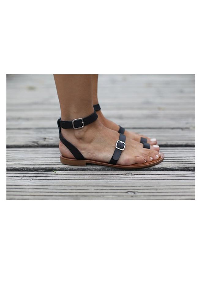 Las sandalias de Bartabac