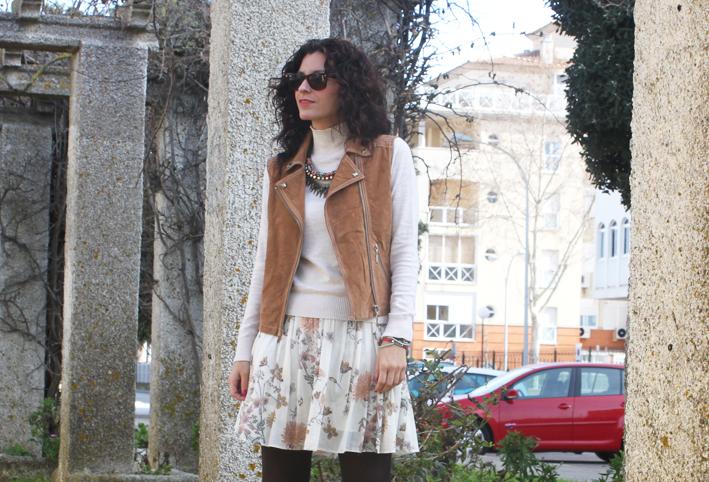 white skirt & leather vest-383-stella
