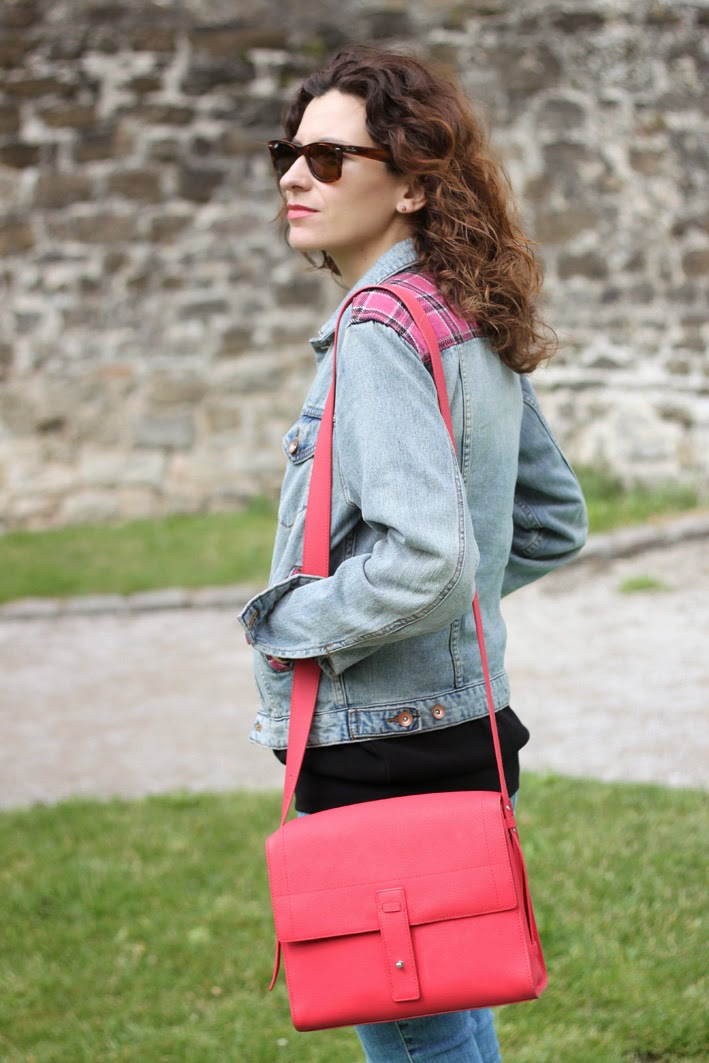 Denim with a touch of Pink-123-stella