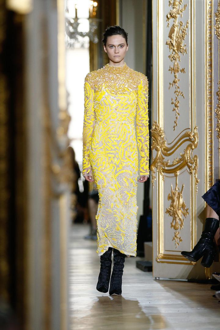 vestido amarillo de J.Mendel