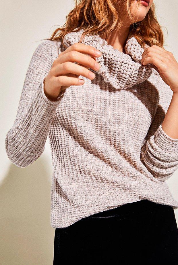 Jersey básico con cuello bufanda