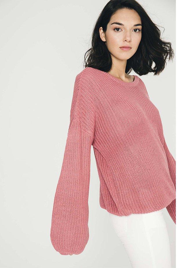 Jersey básico rosa chicle de Inside