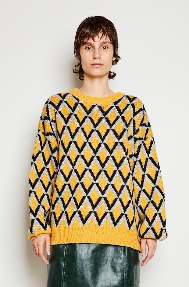 Jersey mostaza de lana con diseño geométrico de Kling