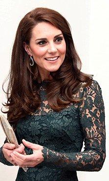El look de Kate Middleton el día que coincidió con Alexa Chung