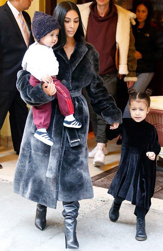 Kim Kardashian robo Paris