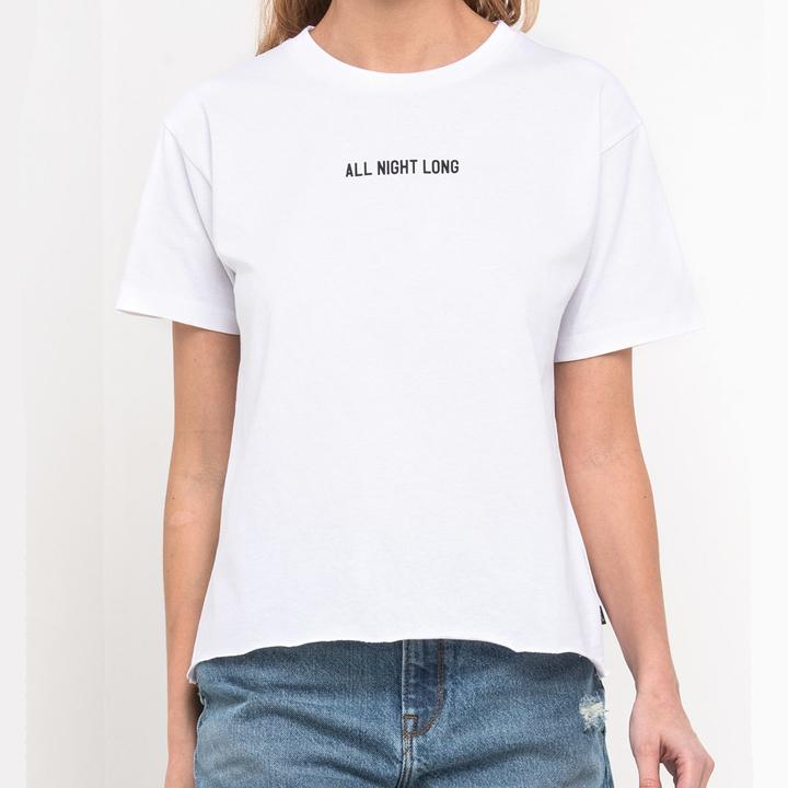 Camiseta básica de Lee: imprescindibles para la maleta de verano