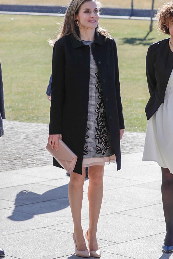 La Reina Letizia con zapatos lodi