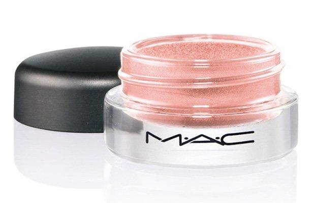 Sombra rosa en crema de M.A.C