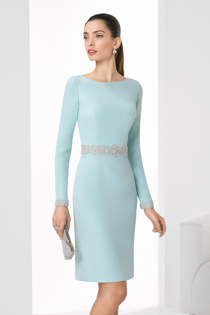 pendiente para madrina con vestido verde agua