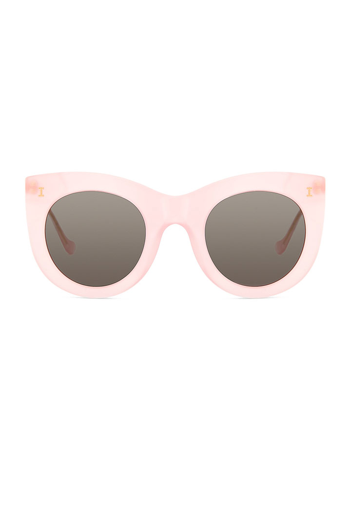Look de piscina by revolve clothing stylelovely for Gafas para piscina