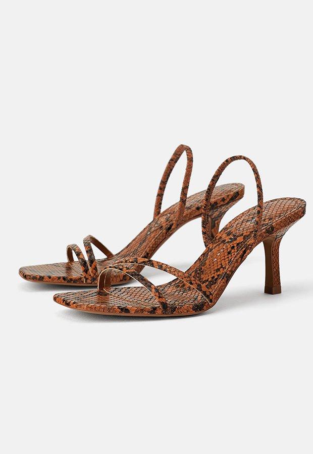 Sandalias de serpiente de Zara