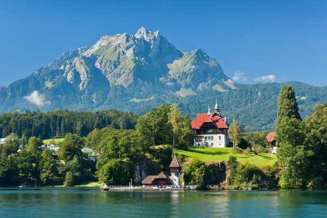 Suiza por encargo a los alpes con los ni os viajar a europa con ni os viajar con ni os por el - Casas en los alpes suizos ...