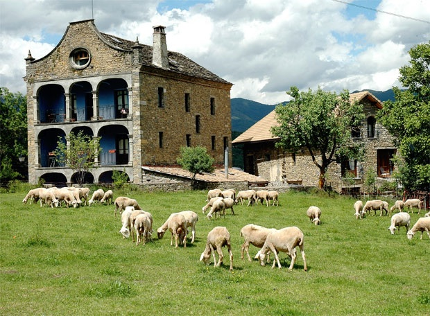 Casas rurales para familias huesca arag n hoteles para ni os turismo rural viajar con ni os - Casa rural para ninos ...