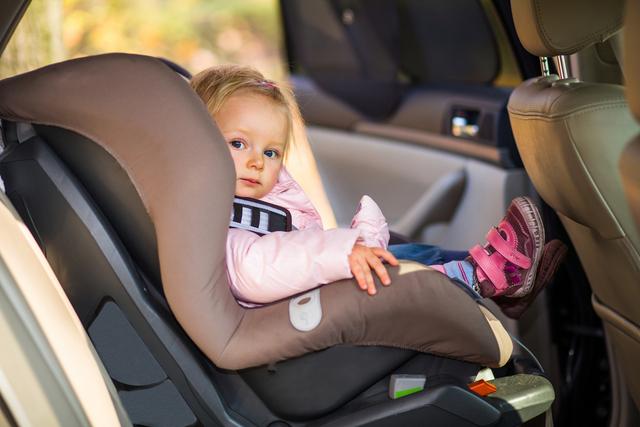 mamas-viajeras-viajar-coche
