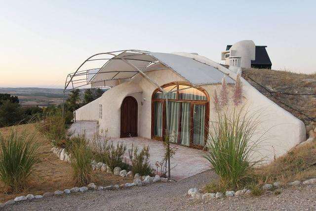 Hoteles rurales con ni os hotel rural las nubes mamas for Hoteles minimalistas en espana