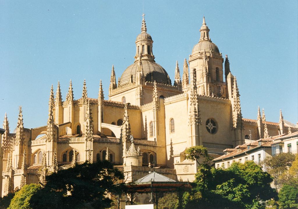 Planes con ni os escapada a segovia actividades para for Segovia oficina de turismo