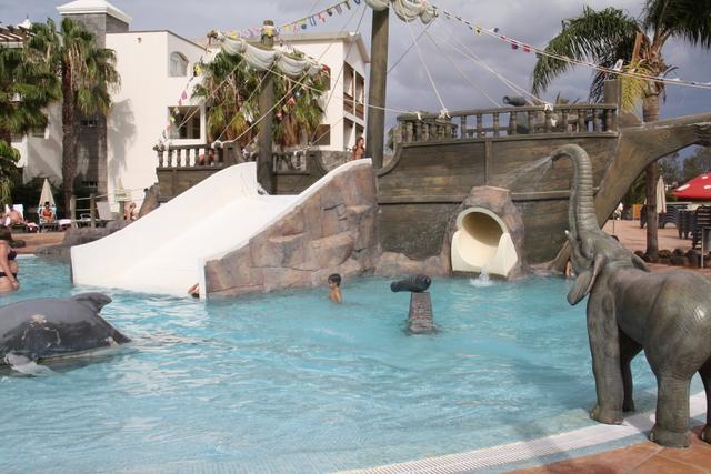 Hotel para ni os hotel rubicon lanzarote mamas viajeras for Hoteles en iquitos con piscina
