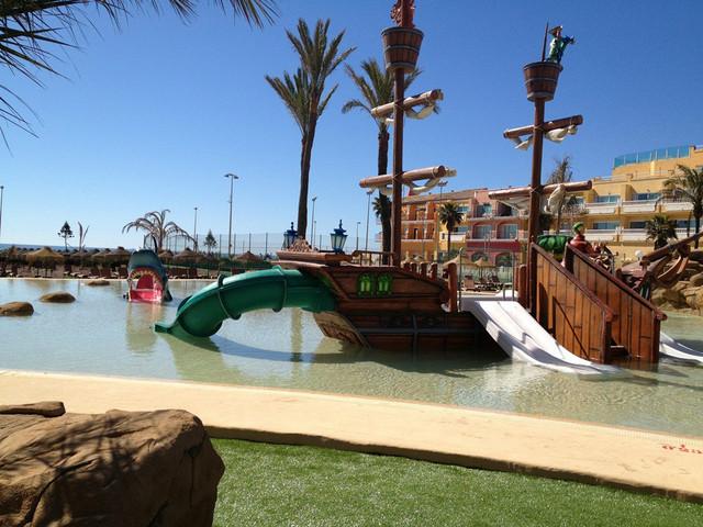 Hotel zoraida park hoteles familiares mamas viajeras for Hoteles con piscina climatizada en andalucia