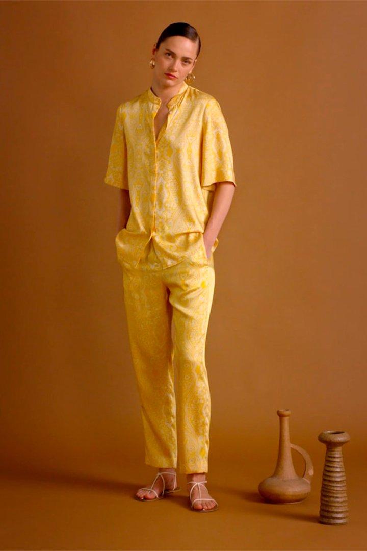 Pantalón de estampado paisley de Mango verano 2018