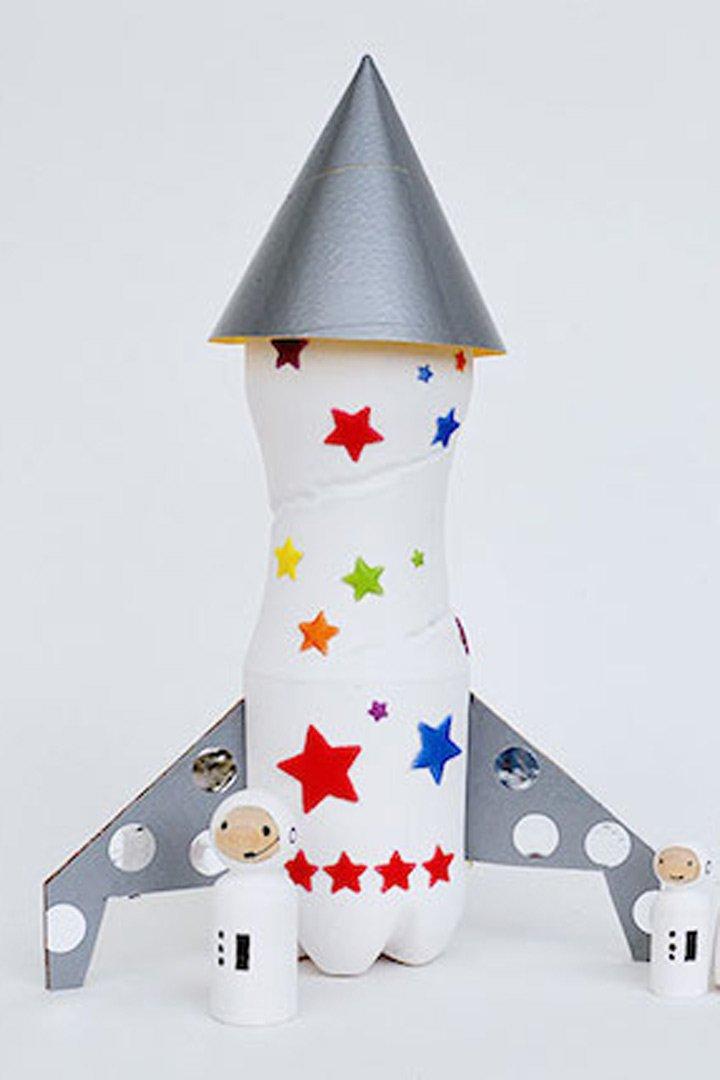 manualidades para niños cohete