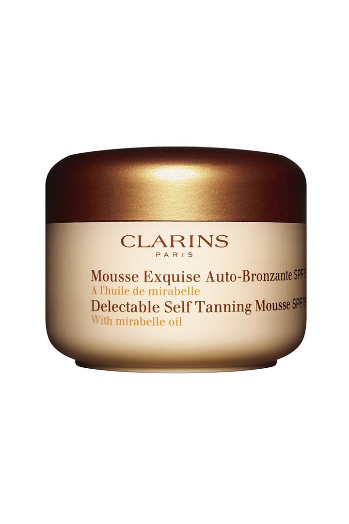 Espuma bronceadora de Clarins: Maquillaje ligero verano