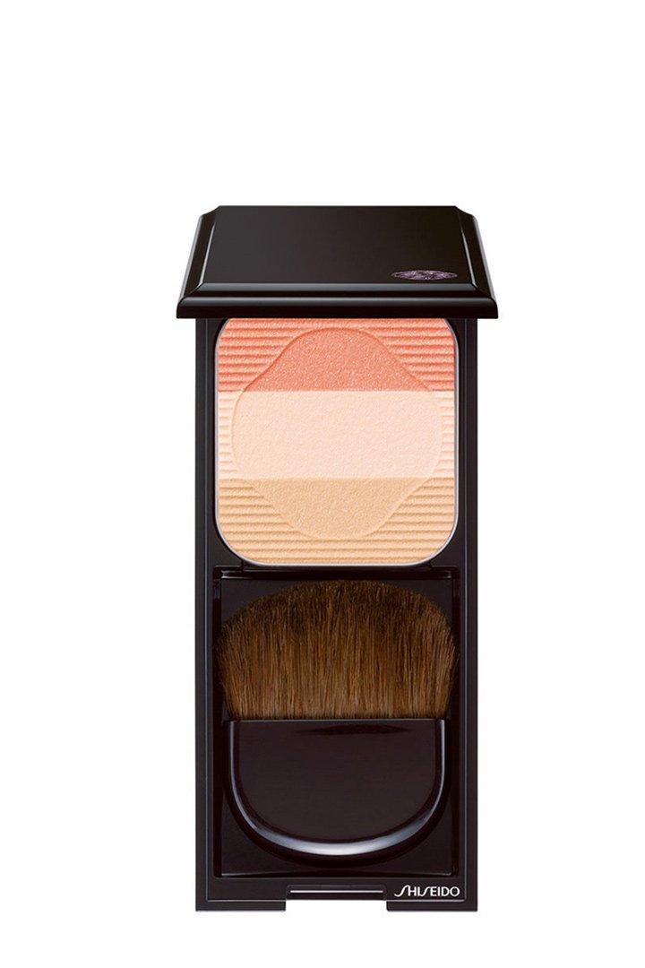 Colorete rosa de Shiseido: Maquillaje ligero verano