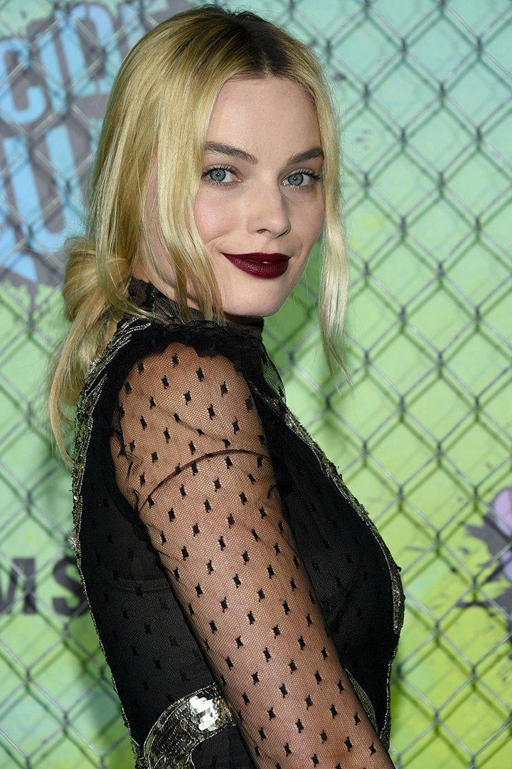 Maquillaje de navidad Margot Robbie