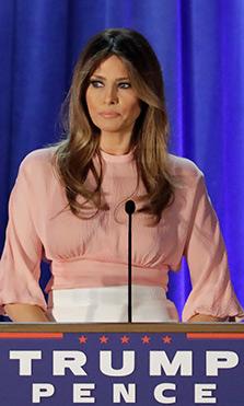 El diseñador que sí quiere vestir a Melania Trump