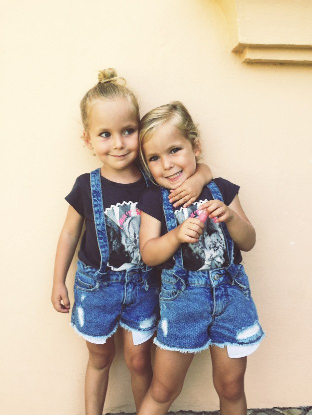 Gabriela y Victoria, hijas de la fundadora de Mi pequeña tribu