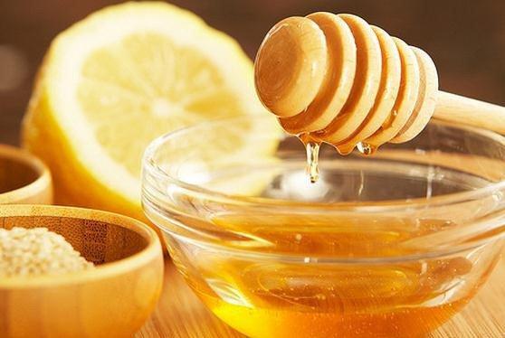 La miel y el limón aclaran el cabello