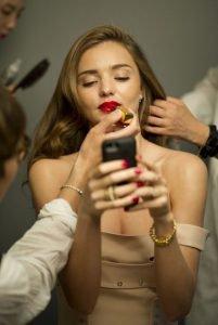 15 hábitos nocivos para el rostro