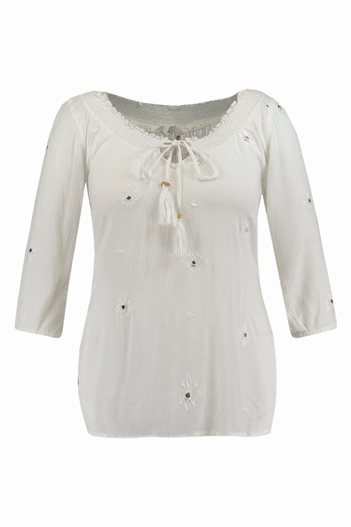 Camisa blanca con detalles de la colección FSTVL de Ms Moda
