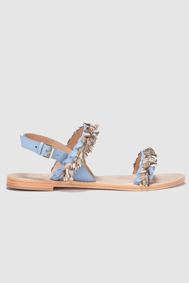 Sandalias azules de Gloria Ortiz