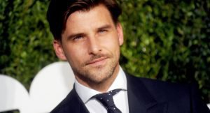 Nudos de corbata: Cómo hacerlos paso a paso