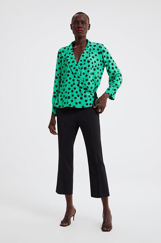 Blusa de lunares de Zara
