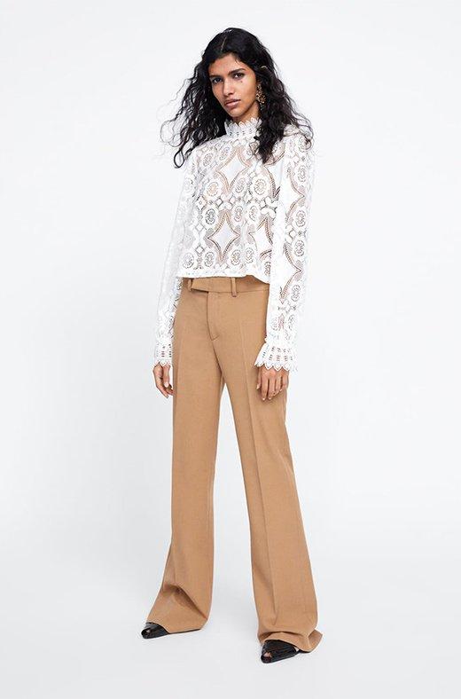 Blusa de encaje de Zara
