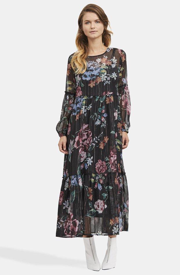 82b2738e247 20 vestidos que arrasan con unas botas de caña alta - StyleLovely