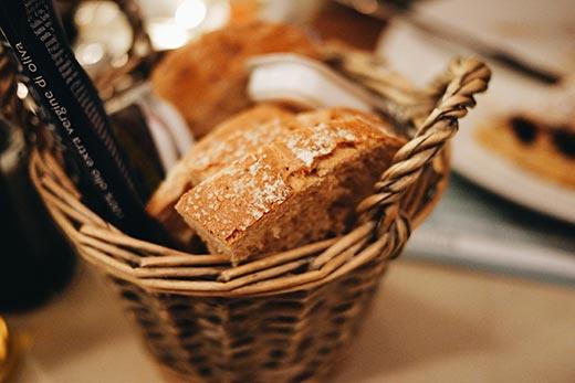 El pan de grano entero no es un alimento prohibido